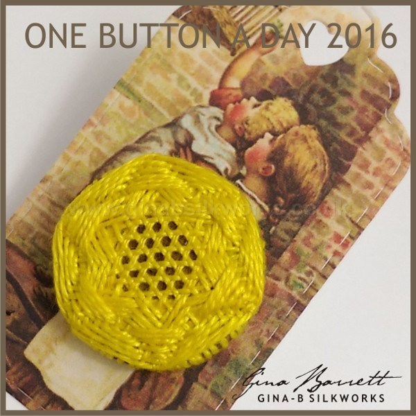 Day 6: Lattice Star #onebuttonaday by Gina Barrett