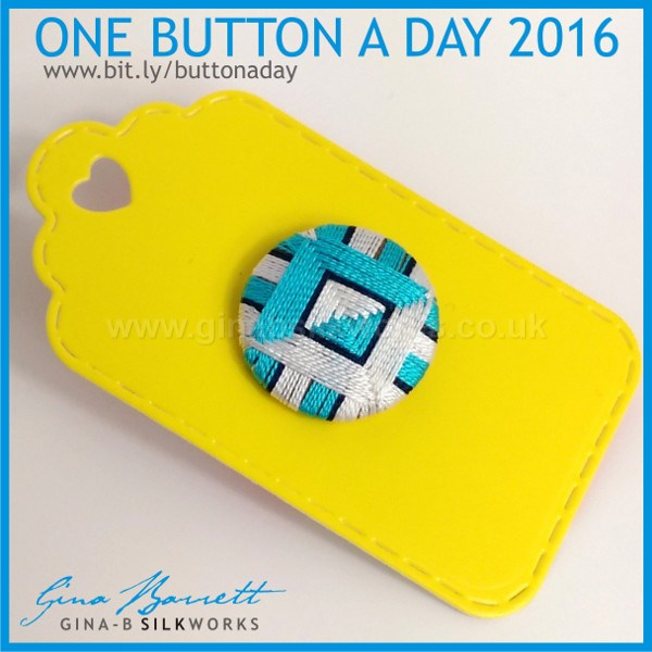 Day 15: Changing Sides #onebuttonaday by Gina Barrett