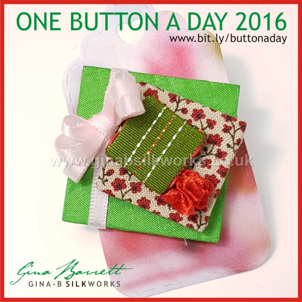 Day 350 : Gifts #onebuttonaday by Gina Barrett